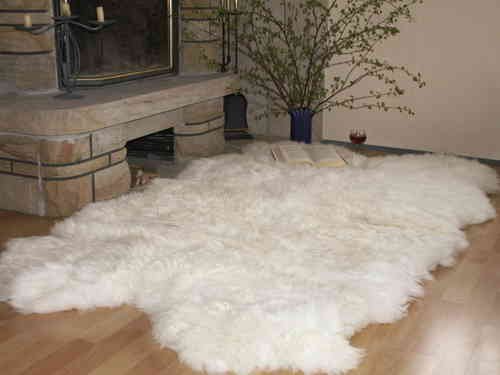 fellteppiche und felll ufer natur fell shop. Black Bedroom Furniture Sets. Home Design Ideas